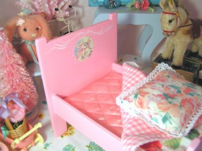 pinkdollbed